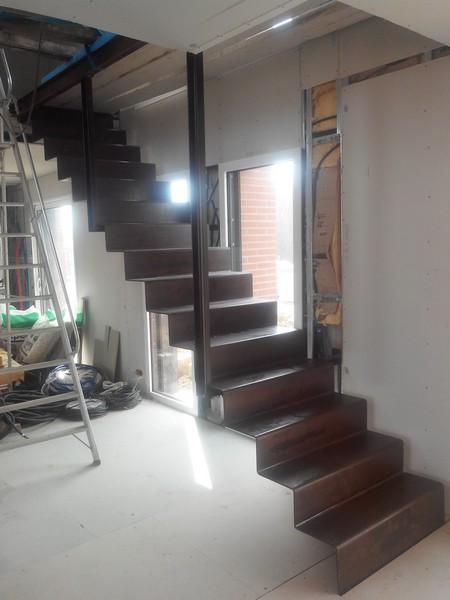 escalier sur mesure toulouse haute garonne 31. Black Bedroom Furniture Sets. Home Design Ideas