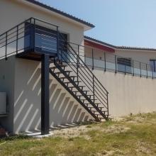 escalier-gardecorps-thermolaqué