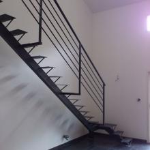 escalier-metal-quart-tournant