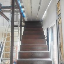 escalier-metal-rouillé