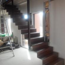 escalier metal tôle pliées