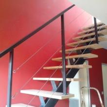 escalier-rampe-cables-inox