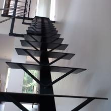 escalier-support-en-v