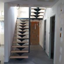 escalier-vue-d-ensemble-palier-intermediaire