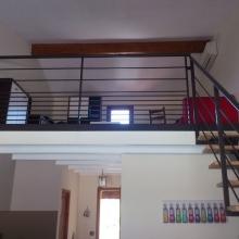 escalier-et-garde-corps-dans-studio-vue-face