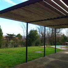 pergolas-structure-metal-lames-en-bois-vue-4